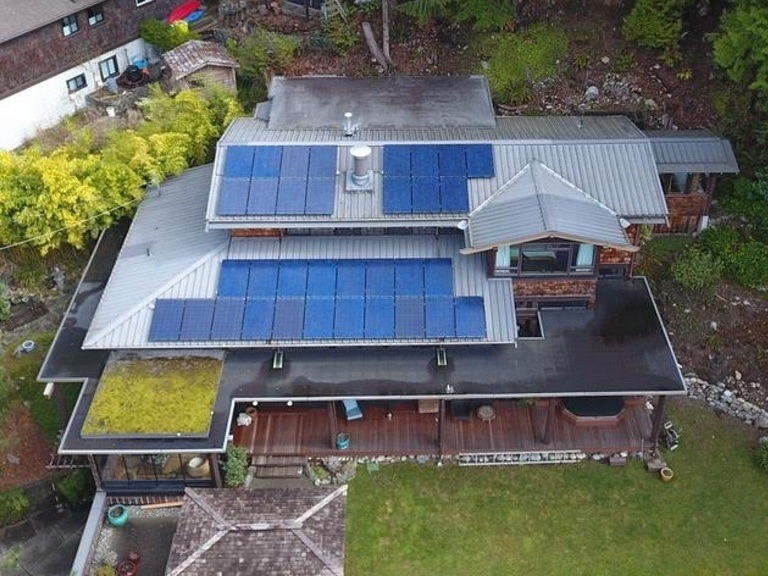 Lions-Bay-8.3kW solar panel installation