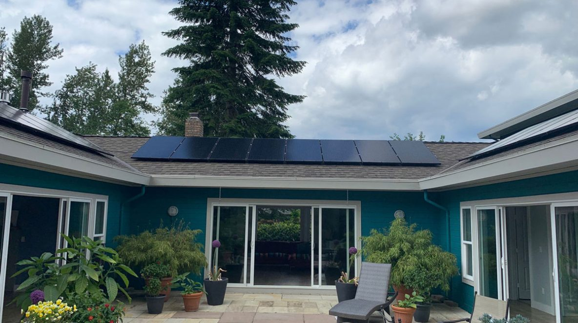A beautiful Maple Ridge's house installed with eight solar panels