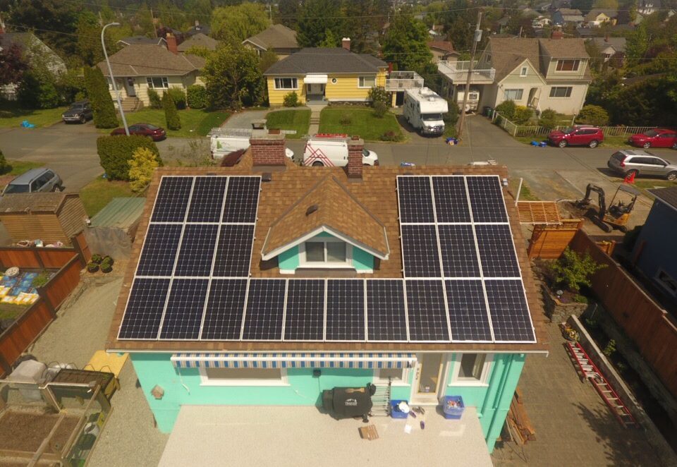 22 solar panels installed on the one side of the house roof