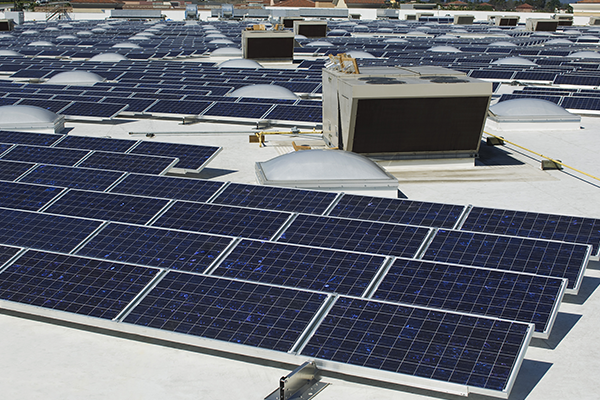 learn about what challenges and benefits you will get when you install commercial solar panel for your industry in Vancouver